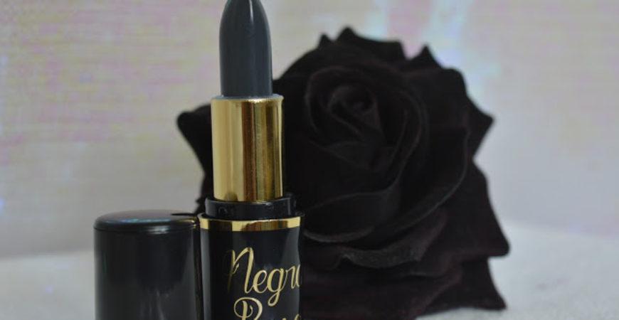Batom Negra Rosa Makena – Um batom cinza pra chamar de seu!